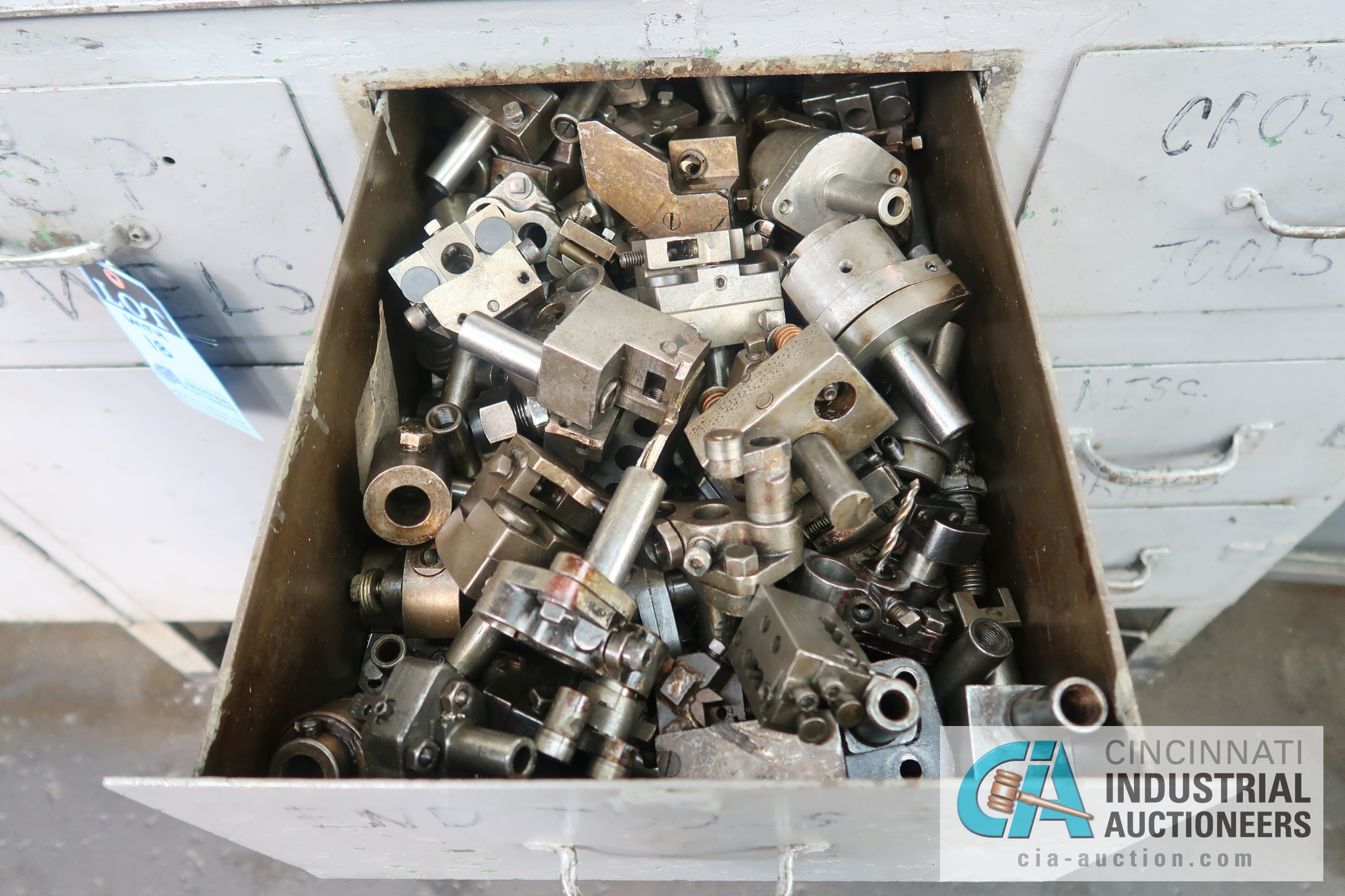 (LOT) LARGE ASSORTMENT MISCELLANEOUS DAVENPORT TOOLING, ATTACHMENTS, GEARS, CAMS AND OTHER RELATED - Image 20 of 21