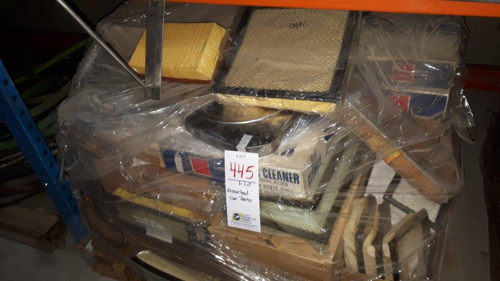 Lot 445 - Assorted car parts (Lot)