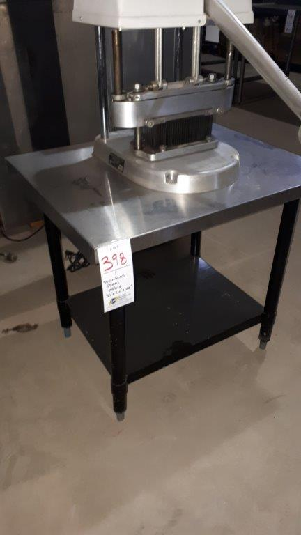 """Lot 398 - Stainless steel table 30""""x24""""x28"""""""