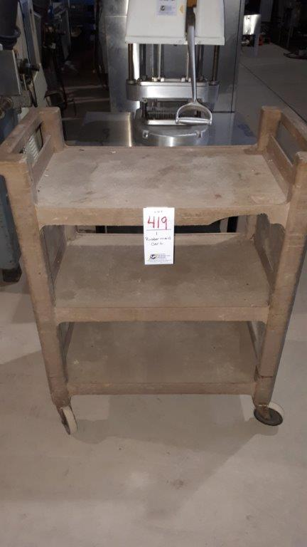 Lot 419 - Rubbermaid cart