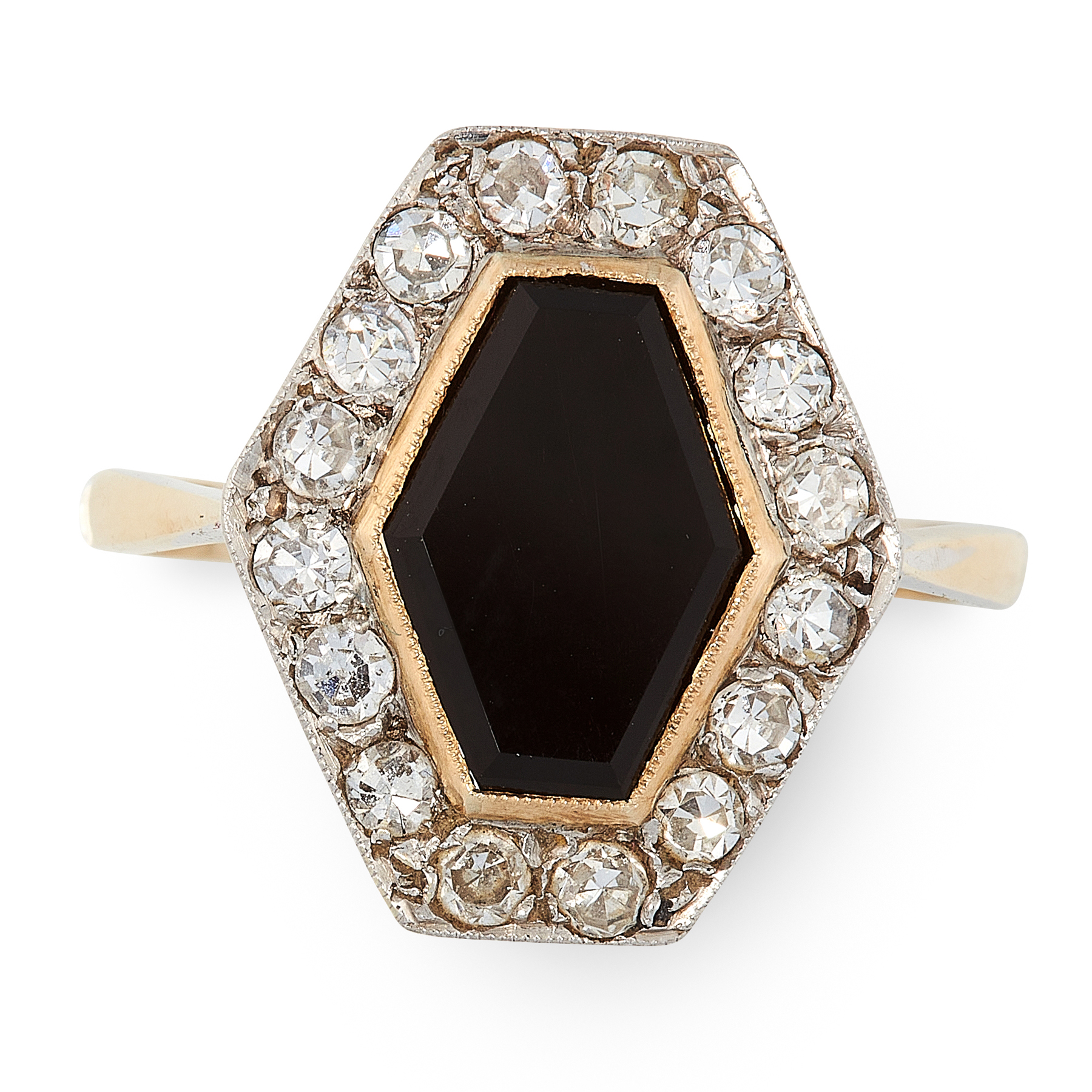 AN ART DECO ONYX AND DIAMOND RING in 18ct yellow gold and platinum, set with a hexagonal polished