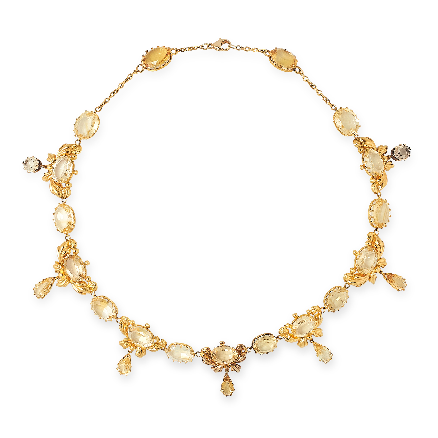 AN ANTIQUE CITRINE NECKLACE in high carat yellow gold, comprising a row of oval cut citrines