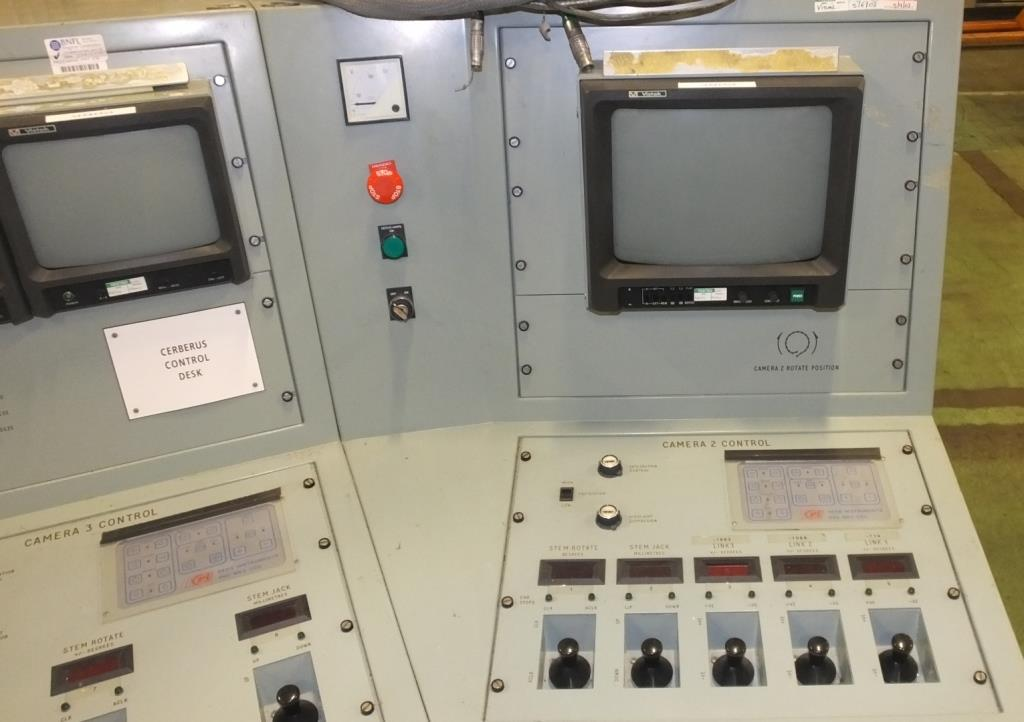 Ex Nuclear Plant Reactor Control / Monitoring System - Image 23 of 25