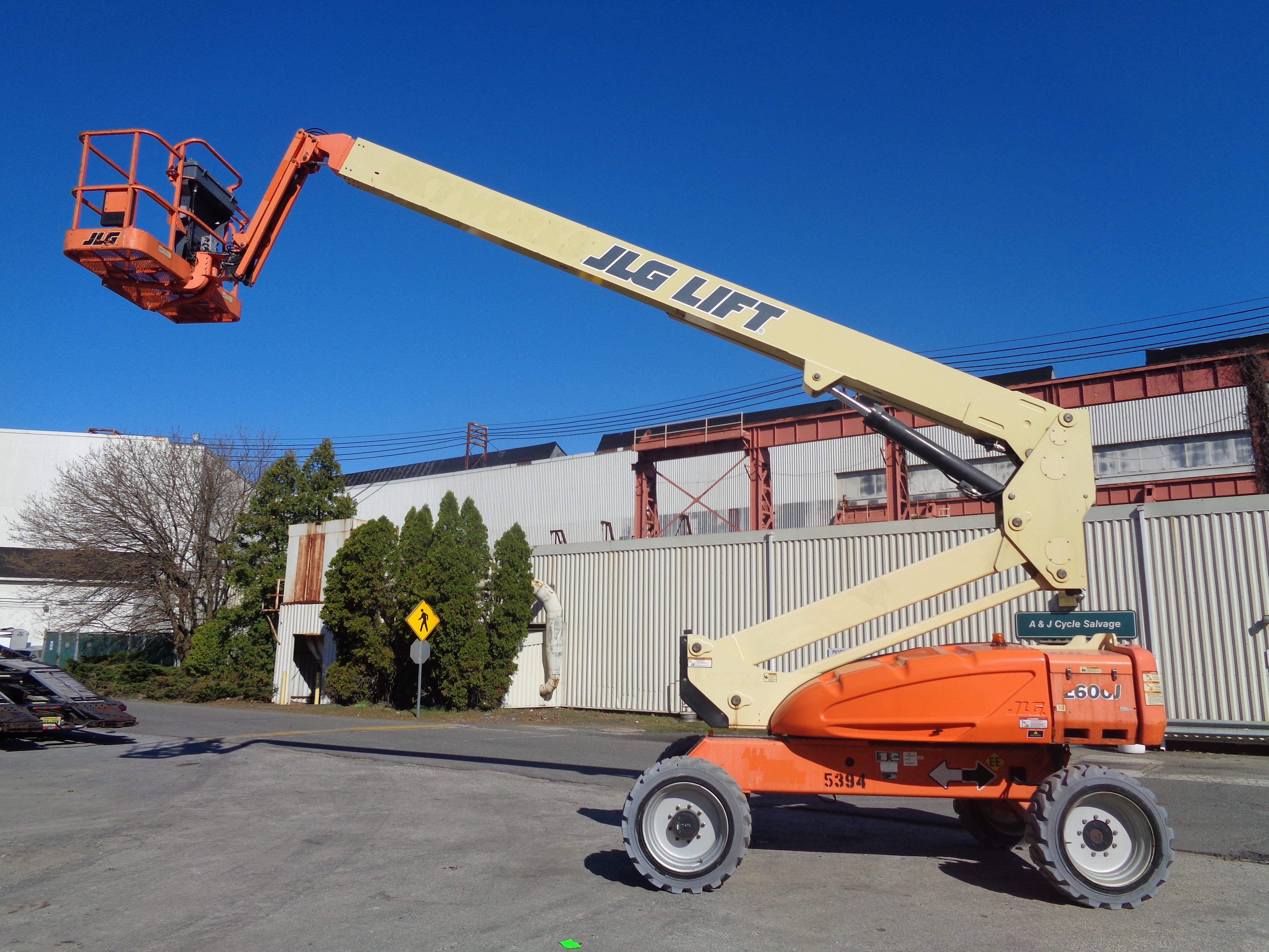 Lot 48 - 2011 JLG E600J Boom Lift