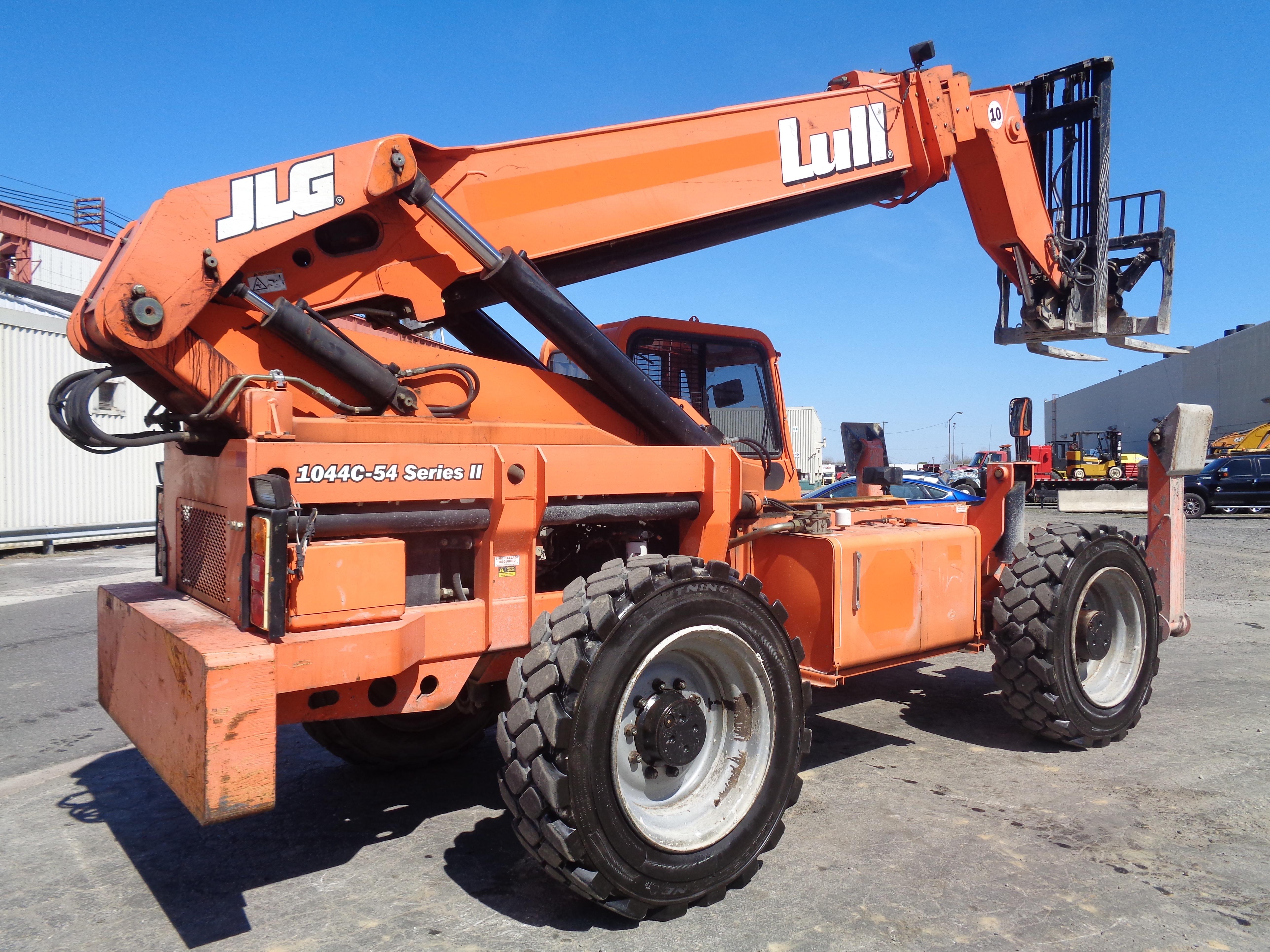 Lot 19 - 2012 Lull 1044C-54 Telehandler