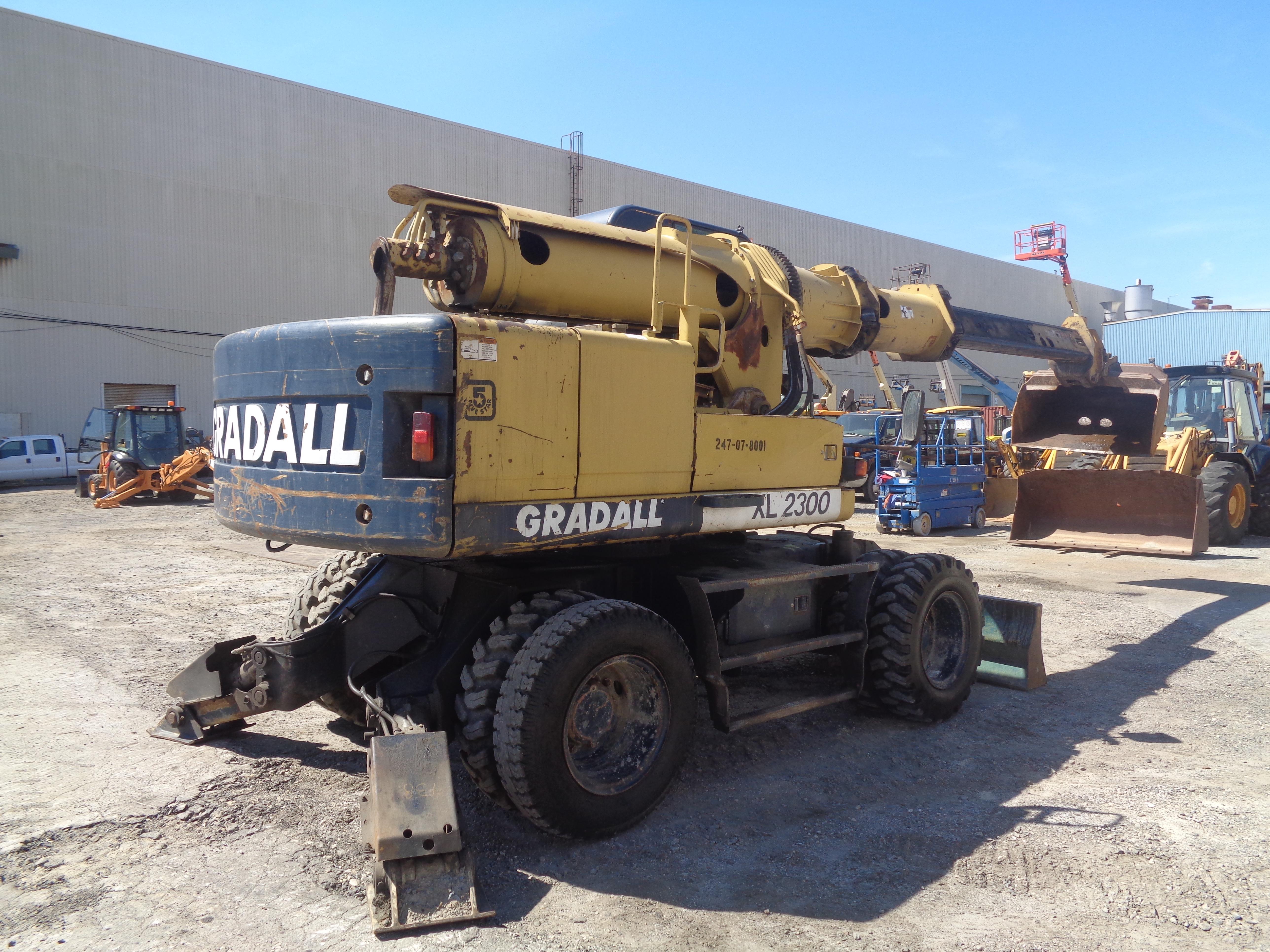 Lot 12 - 2003 Gradall Xl2300 Wheel Excavator