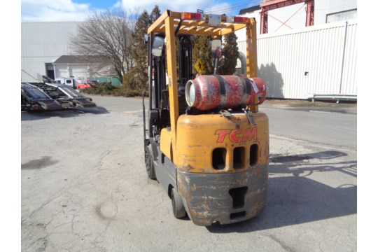 Lot 43 - TCM FCG15F9 3,000lb Forklift