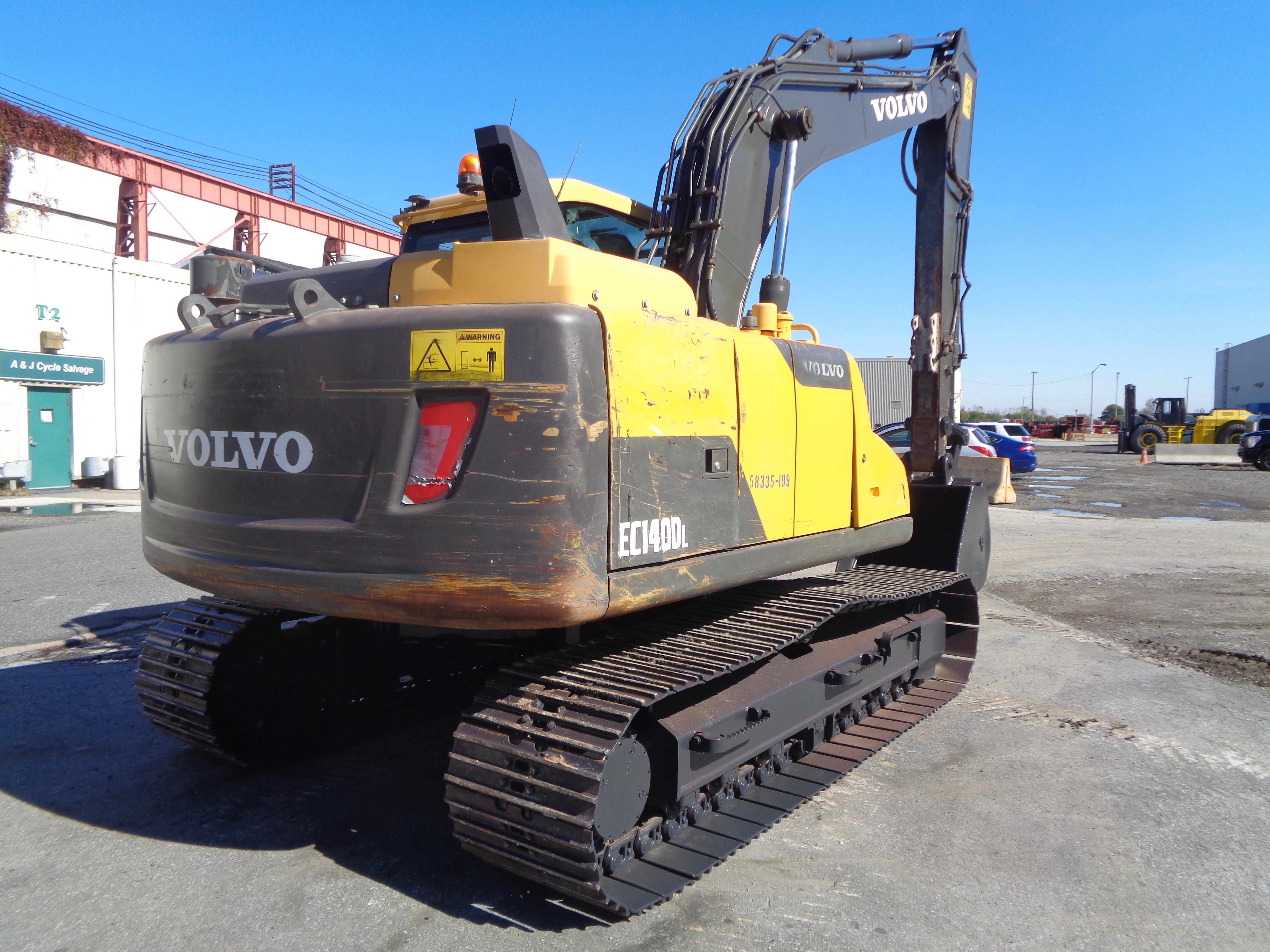 Lot 11 - 2013 Volvo EC140DL Excavator