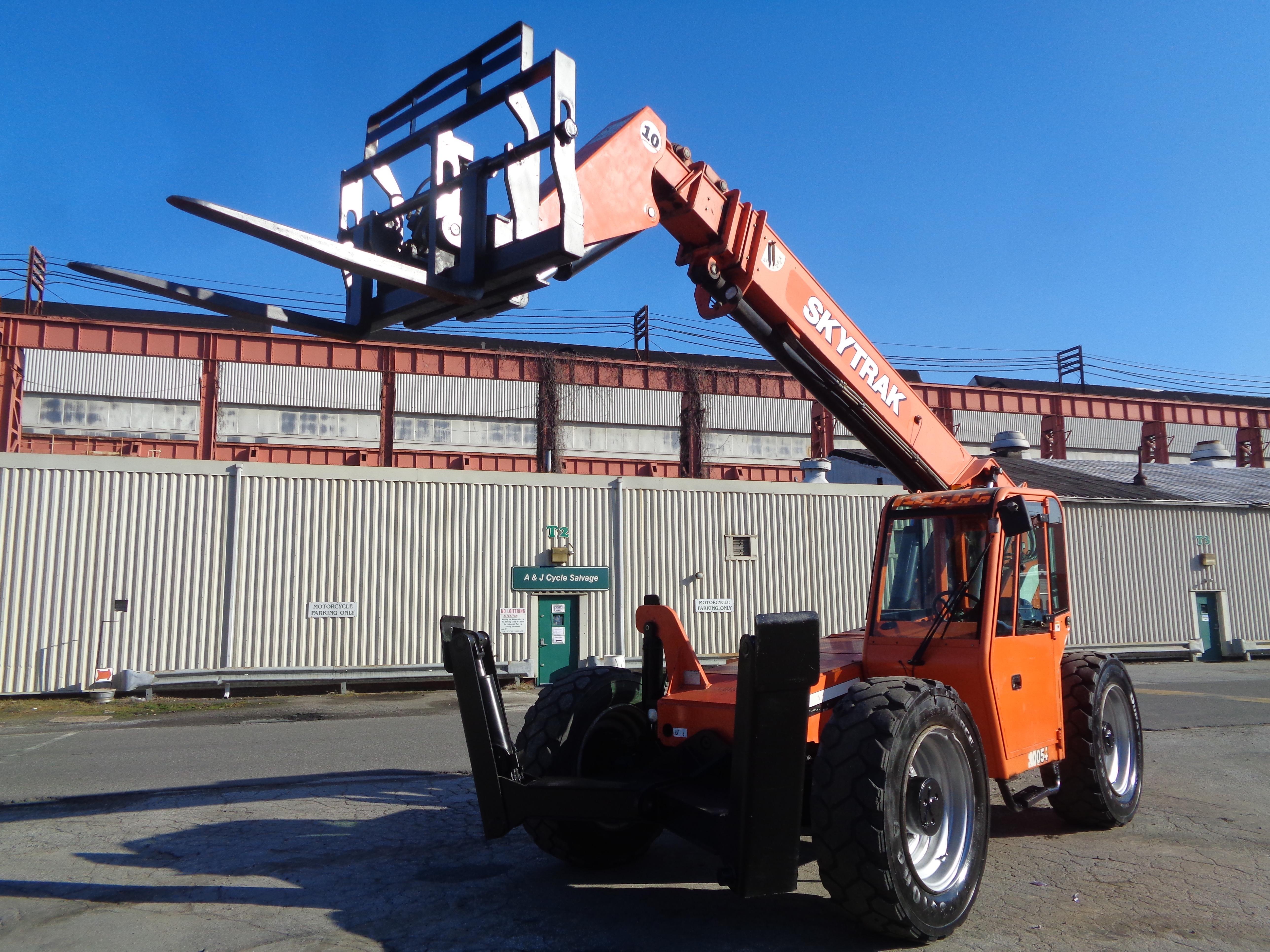 Lot 8 - 2012 SkyTrak 10054 10000lb Telescopic Forklift