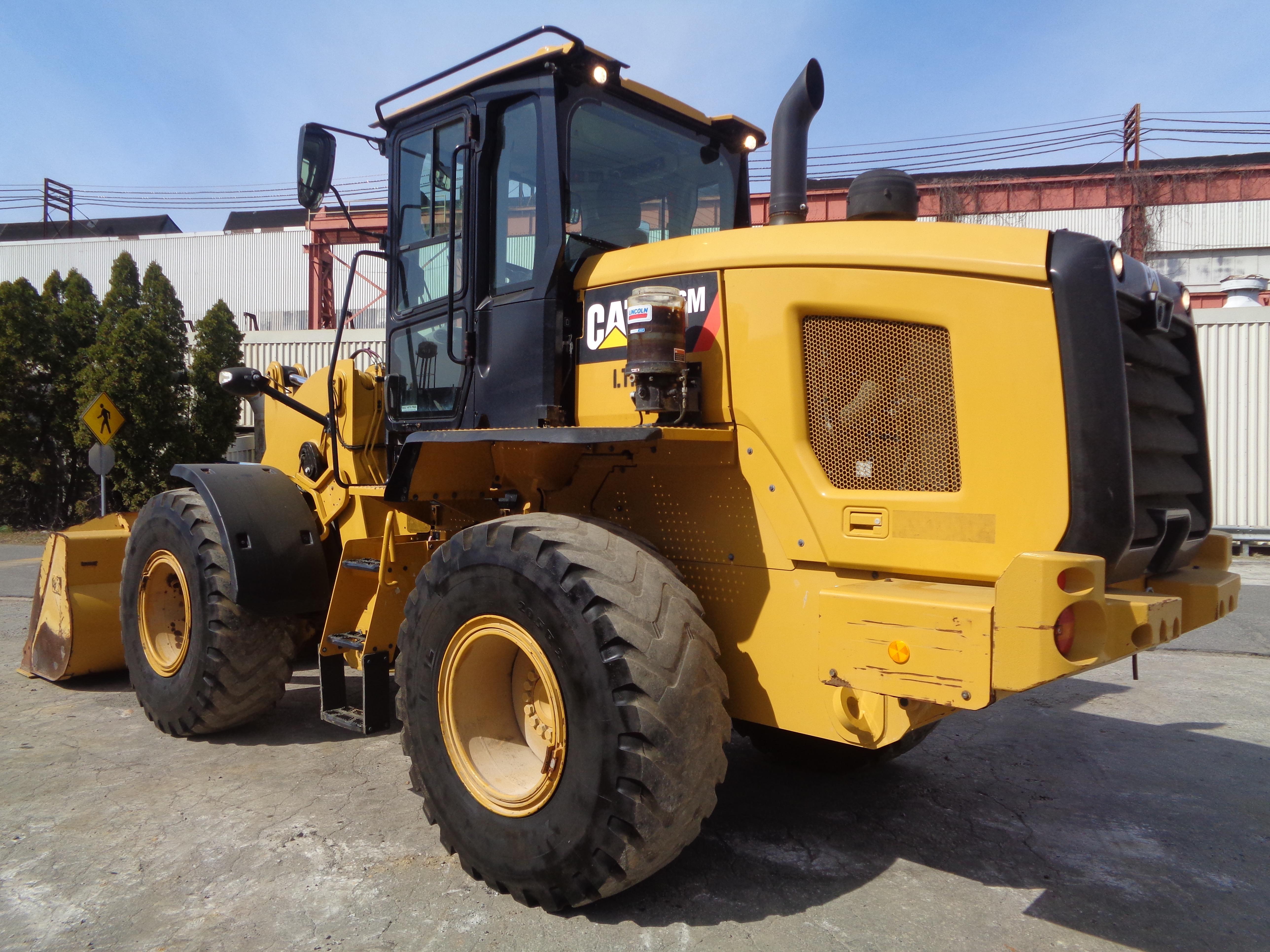 Lot 49 - 2017 Caterpillar 926M Wheel Loader