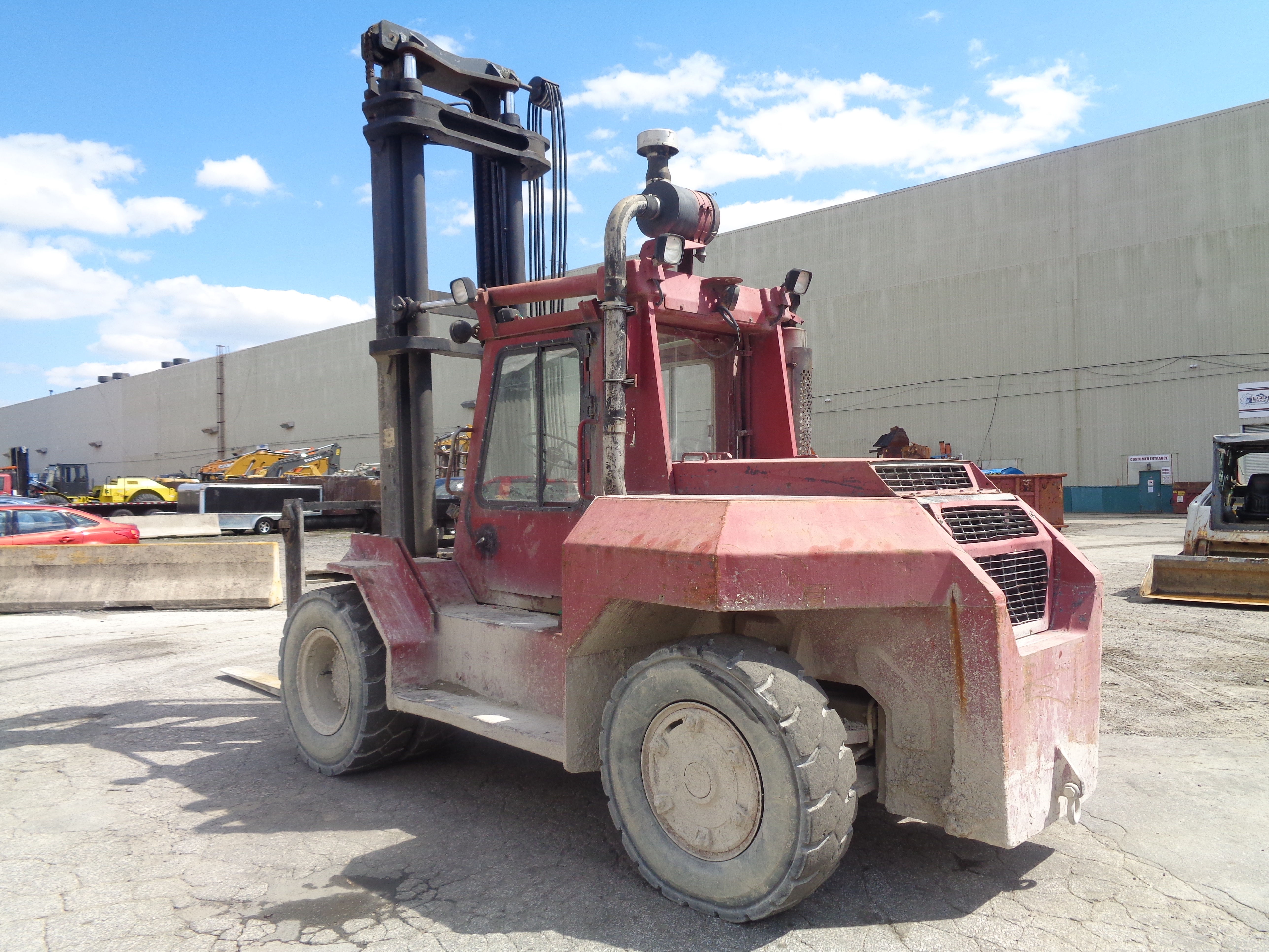 Lot 56 - 1990 Taylor TE300S 30,000 lb Forklift