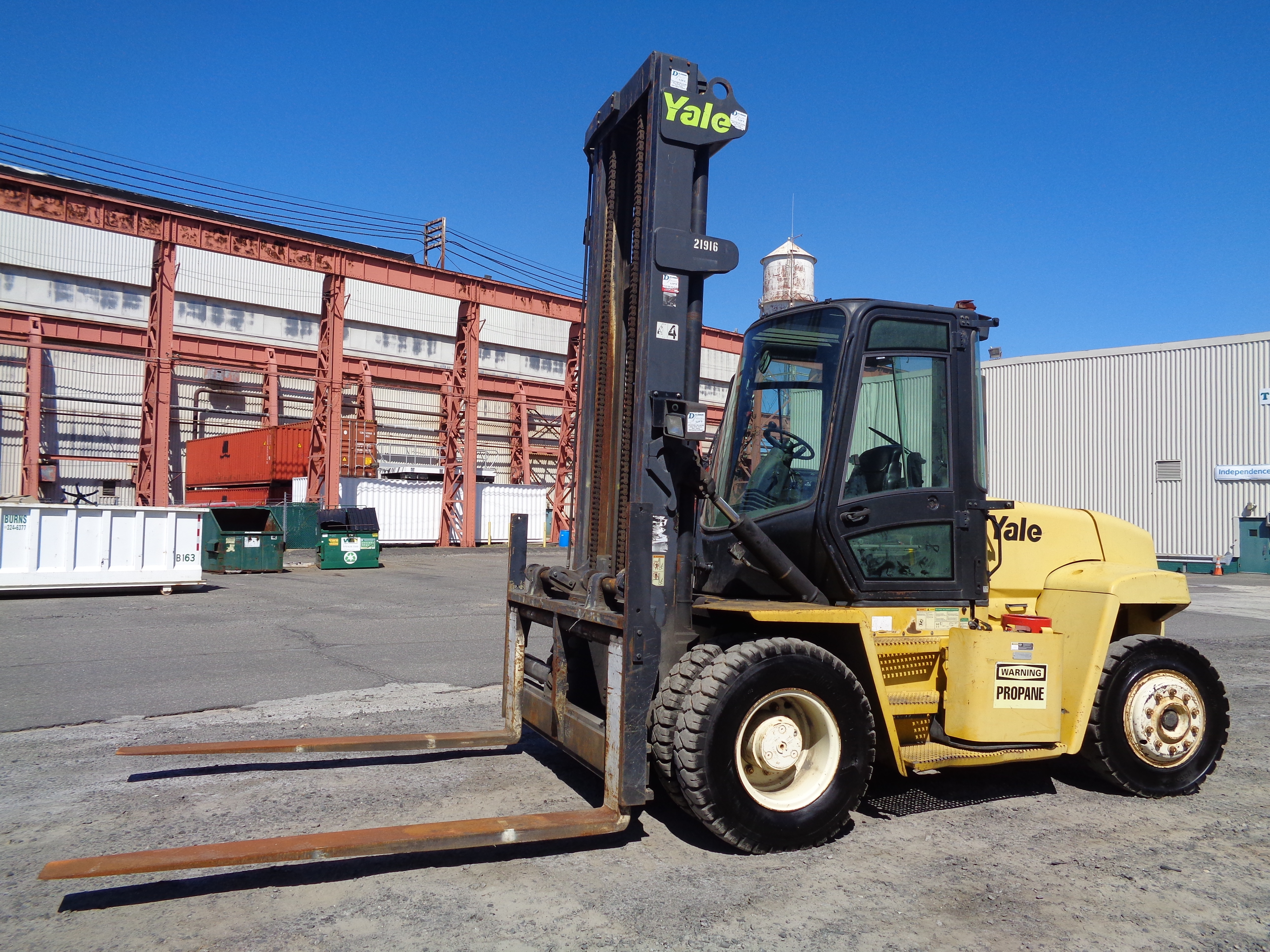Lot 18 - 2006 Yale GP210DC 21000 lbs Forklift