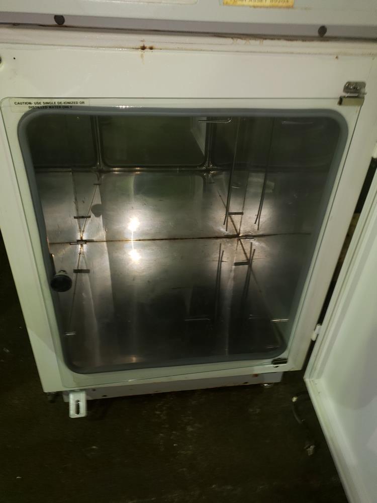 Nuaire IR Autoflow Incubator, model NU-2500, Series 24, water jacketed, serial# 71532. - Image 5 of 7