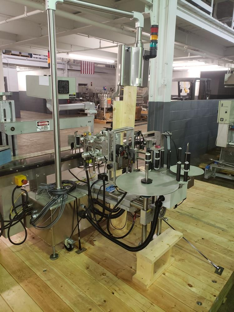 Quadrel wrap around labeler, model Versaline, single head with Open Date coder, timing feed screw, - Image 13 of 17