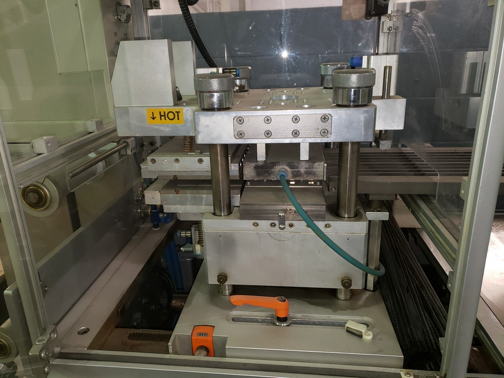 Hoong-A Corp thermoforming blister filler, model Ministar-N5, rated 30-60 strokes/minute, 200 mm - Image 21 of 25