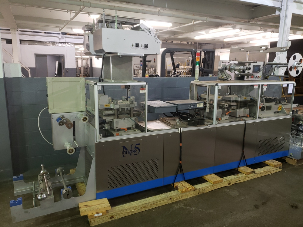 Hoong-A Corp thermoforming blister filler, model Ministar-N5, rated 30-60 strokes/minute, 200 mm - Image 2 of 25