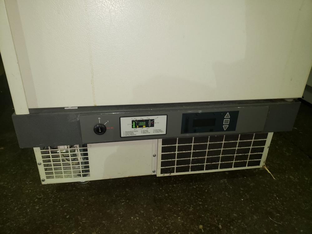 Revco refrigerator, model UFP430A18, R134a refrigerant, 115 volt, serial# U18N-100240-UN. - Image 2 of 9
