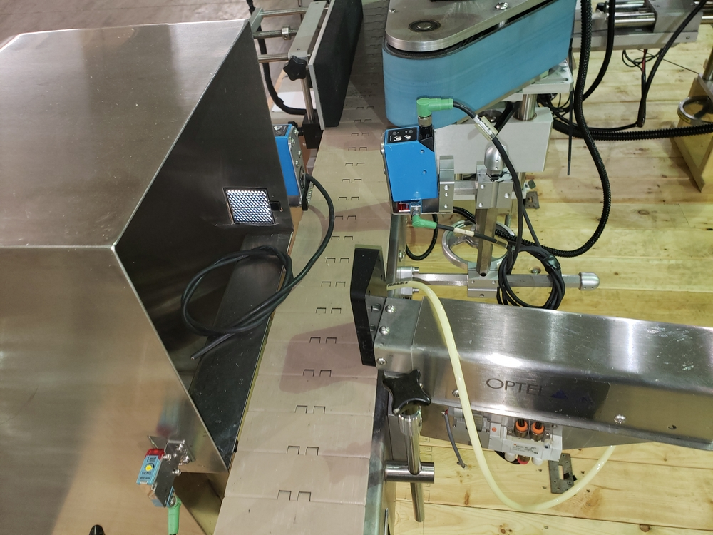 Quadrel wrap around labeler, model Versaline, single head with Open Date coder, timing feed screw, - Image 12 of 17