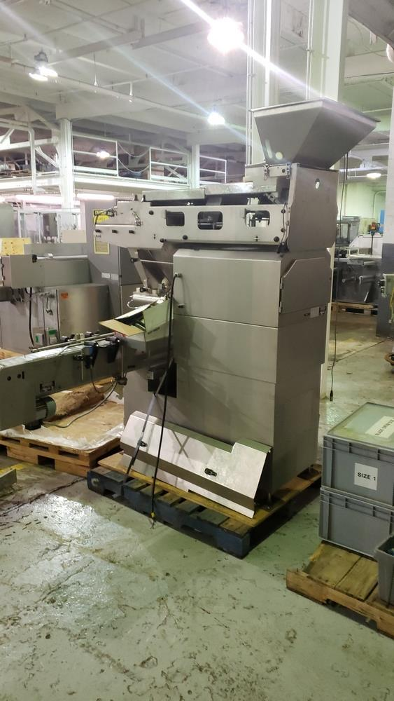 Cremer tablet counter, model CF-1230, stainless steel Contacts **See Auctioneers Note** - Image 15 of 17