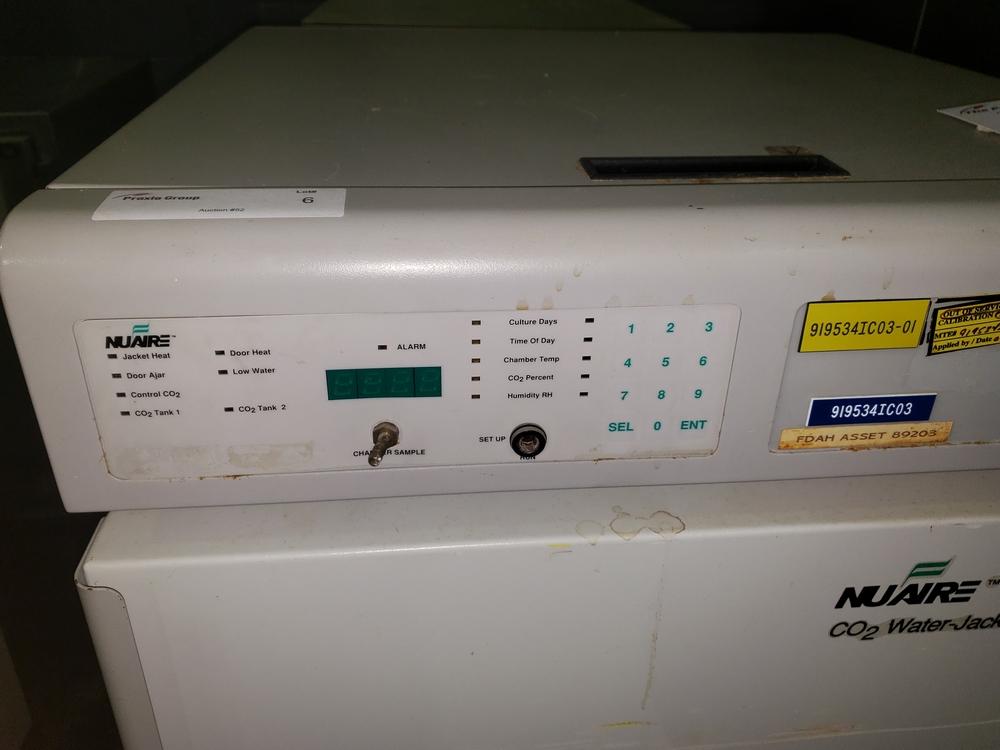 Nuaire IR Autoflow Incubator, model NU-2500, Series 24, water jacketed, serial# 71532. - Image 3 of 7