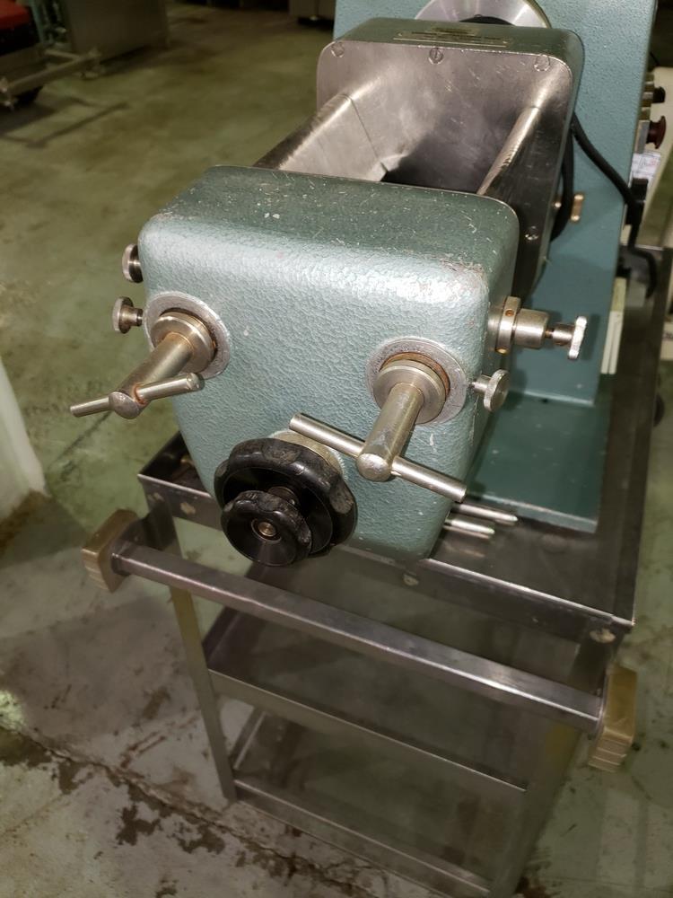 Erweka oscillating granulator, model AR400, stainless steel construction, bench top design, 110 - Image 7 of 9