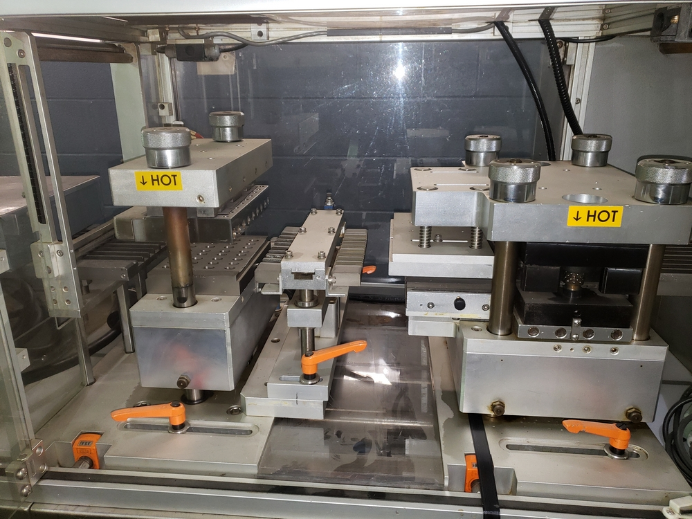 Hoong-A Corp thermoforming blister filler, model Ministar-N5, rated 30-60 strokes/minute, 200 mm - Image 13 of 25