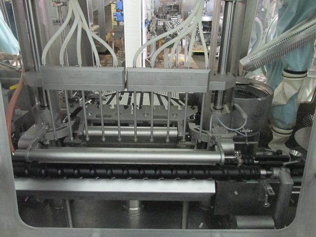 Bausch+Stroebel vial filling line, with model FAW1120 rotary vial washer, serial# 50585, model - Image 13 of 19