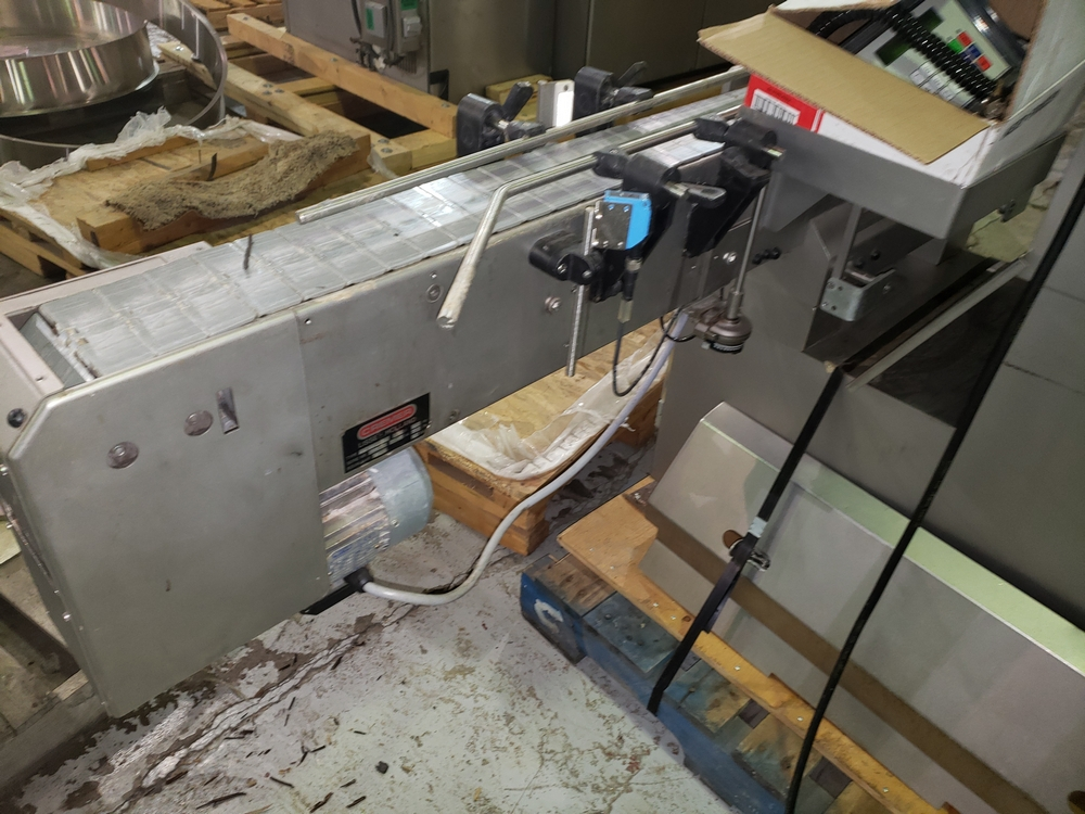 Cremer tablet counter, model CF-1230, stainless steel Contacts **See Auctioneers Note** - Image 13 of 17