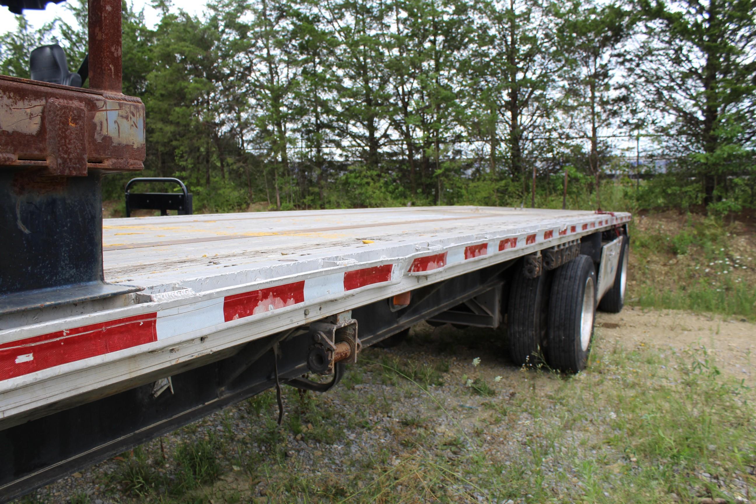 Lot 6 - 1995 Fontaine 48' Spread Axle Trailer, Aluminum Bed, Steel Frame, Model LFTW-5-8048WSAK