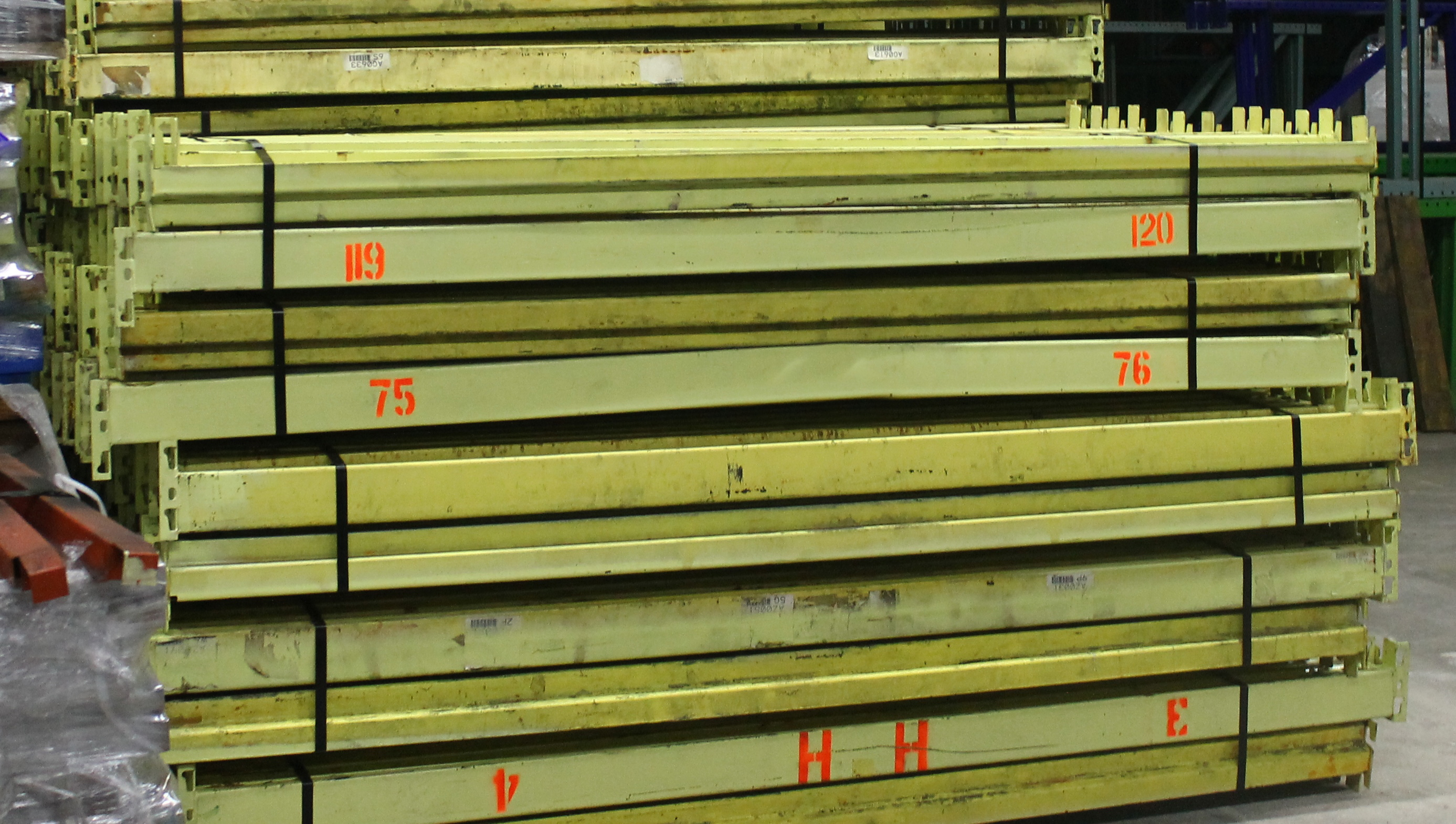 """Lot 28 - 15 BAY OF 16""""H X 96""""W X 42""""D SPEEDRACK WITH 3 LEVEL OF BEAM COLOR YELLOW"""