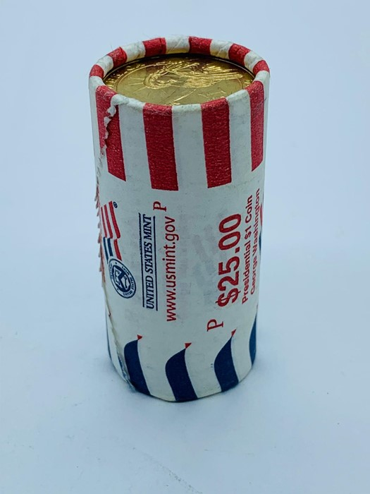 Lot 16 - A roll of $25 Presidential $1 Coins, George Washington