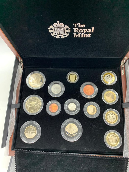 Lot 18 - A United Kingdom 2015 Premium Proof Coin Set