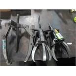 Puller. Lot: (2) Model 106 Posilock Puller & (1) 4 jaw puller. Hit # 2202903. Bldg.1 Maint. Shop.