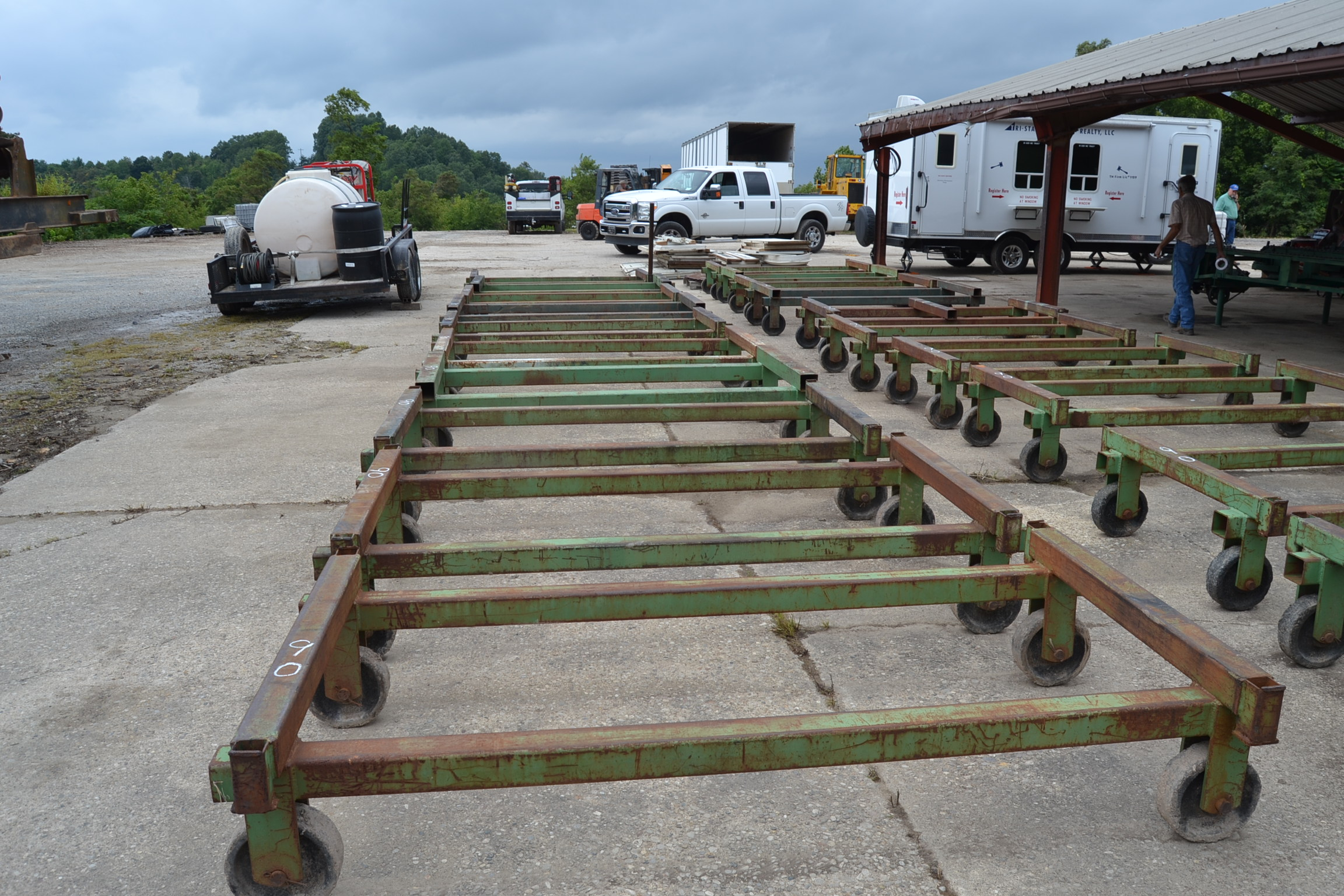Lot 90 - 22 ALL STEEL LUMBER ROLLS OUT SELLING 1 X MONEY