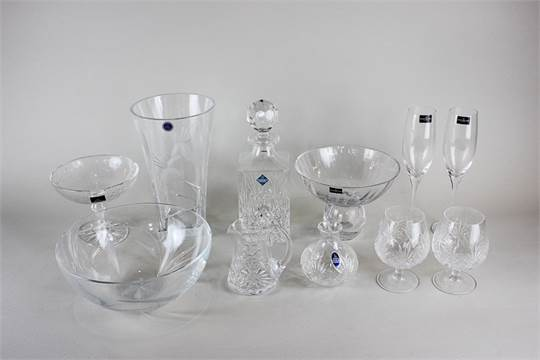 A Dartington Crystal Bowl An Edinburgh Crystal Spirit Decanter A