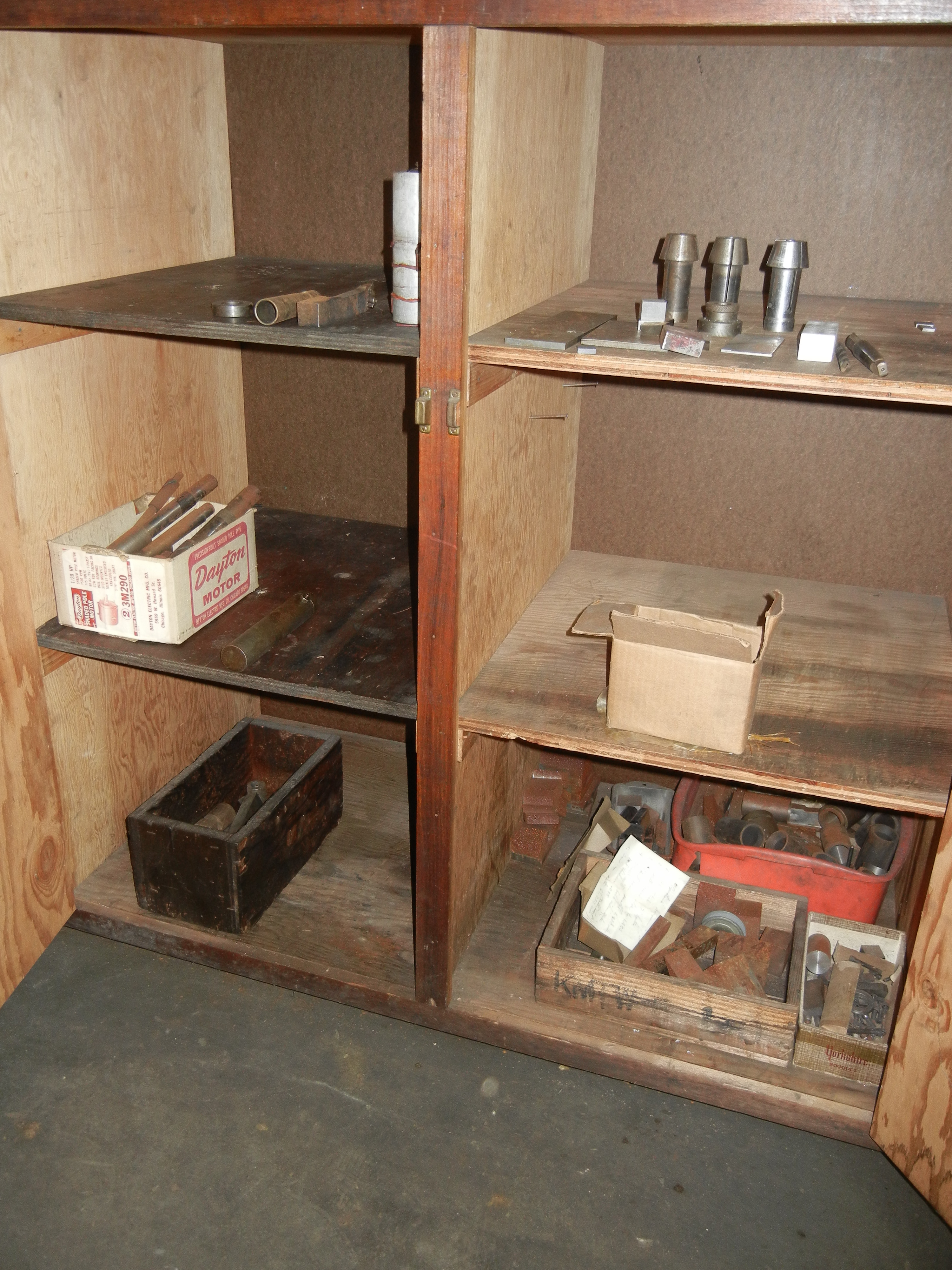 Planer gage parts, collets and other contents of cabinet (cabinet not included) - Image 4 of 4