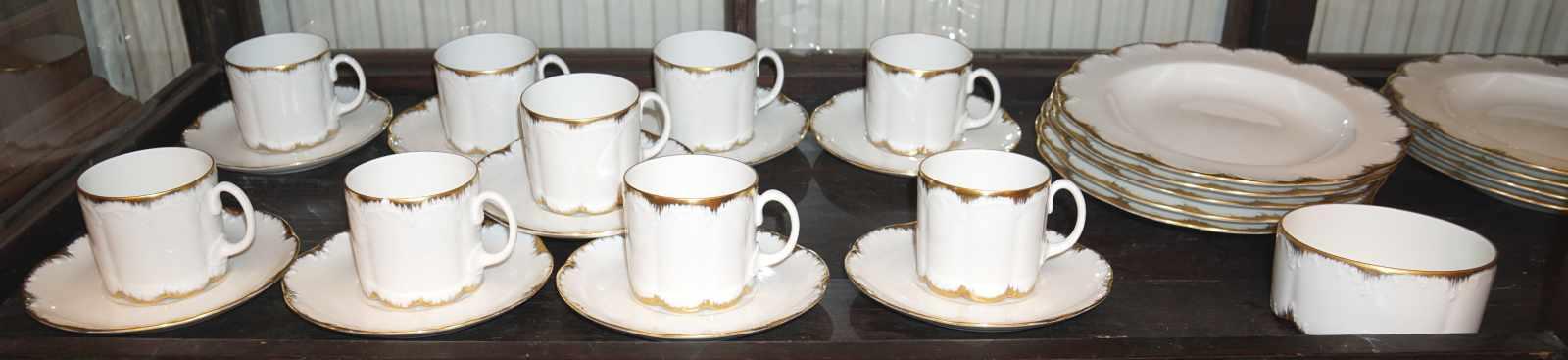 1 Kaffee-/SpeiserestservicePorz. ROSENTHAL GROUP goldstaff. f. ca. 9 Pers. ber. Asp. - Bild 2 aus 3