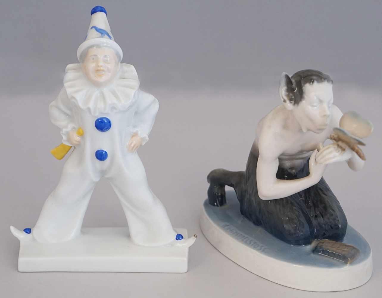 """2 Figuren Porzellan ROSENTHAL """"Harlekin"""" """"Faun mit Schmetterling""""z.T. Entwurf K. HIMMELSTOSS (1878-"""