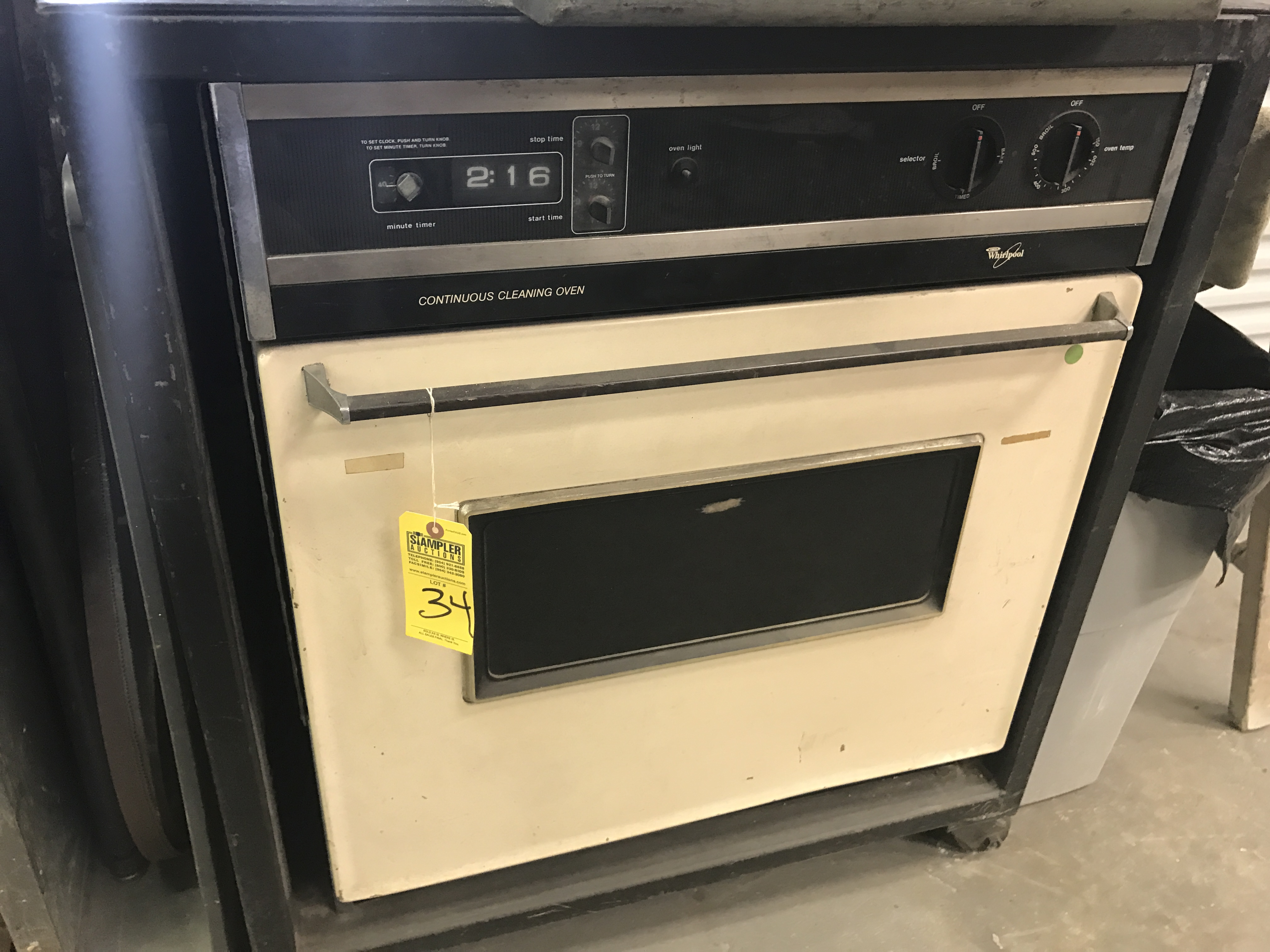 WHIRLPOOL CONTINUOUS CLEANING WALL OVEN