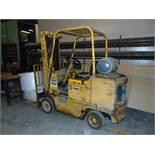 Cat mod. 40B, 4,000lb. LPG Cap. Forklift 2-Stage