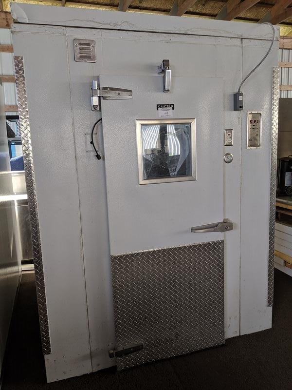 Lot 48 - 6 X 6 ft Curtis Walk in Cooler with Refrigeration