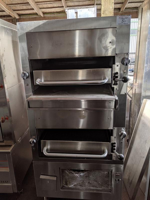 Lot 50 - Double Deck Gas Steak Broiler Oven