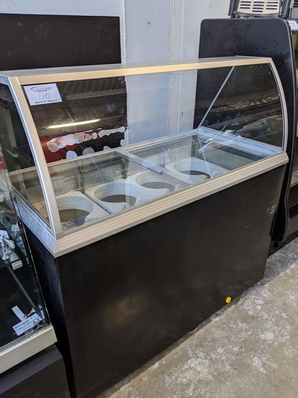 "Caravell 51"" Ice Cream Display Freezer with 8 Wells"