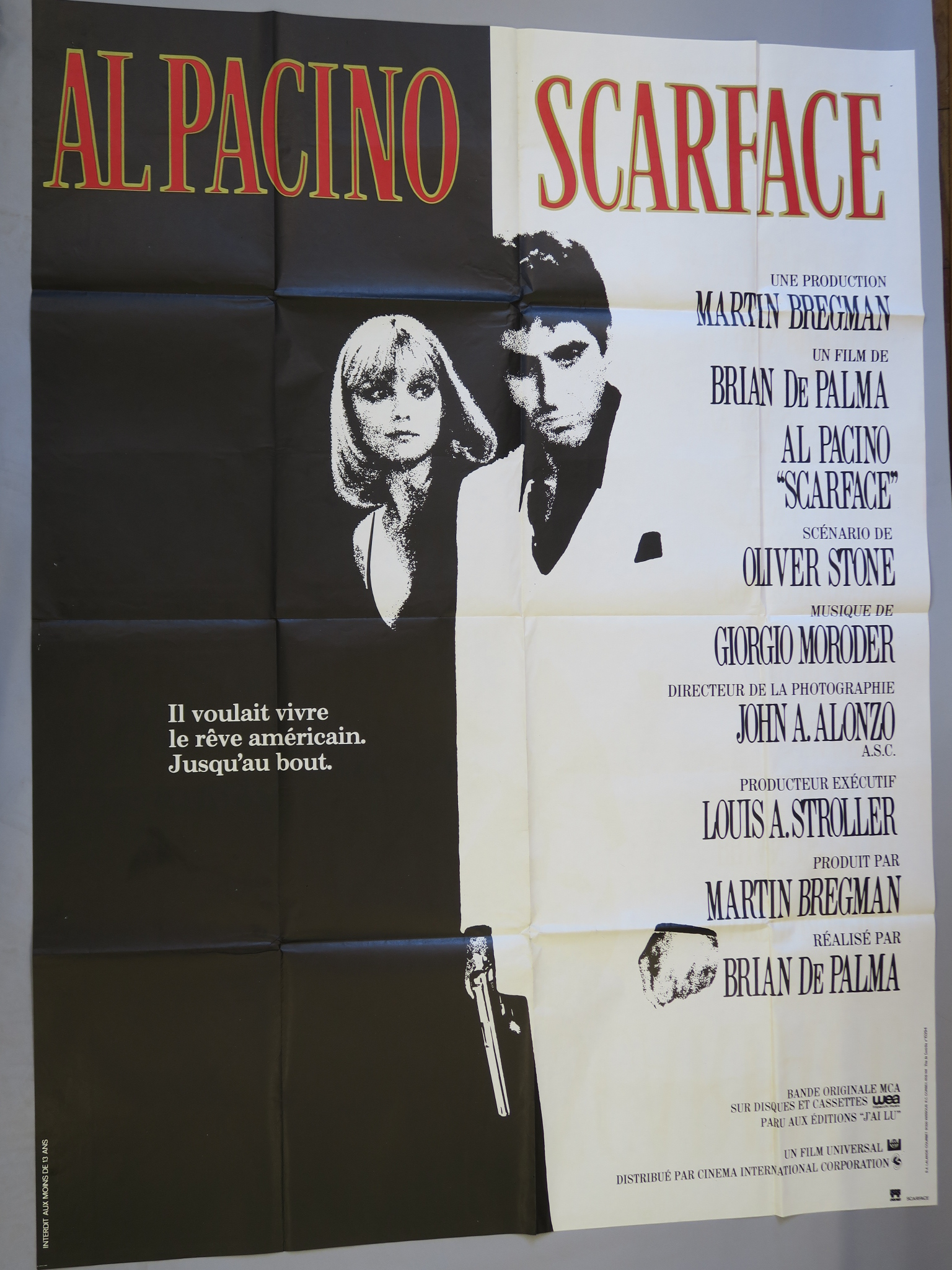 Lot 30 - Scarface French Grande film poster with the iconic image of Al Pacino as Scarface directed by Brian