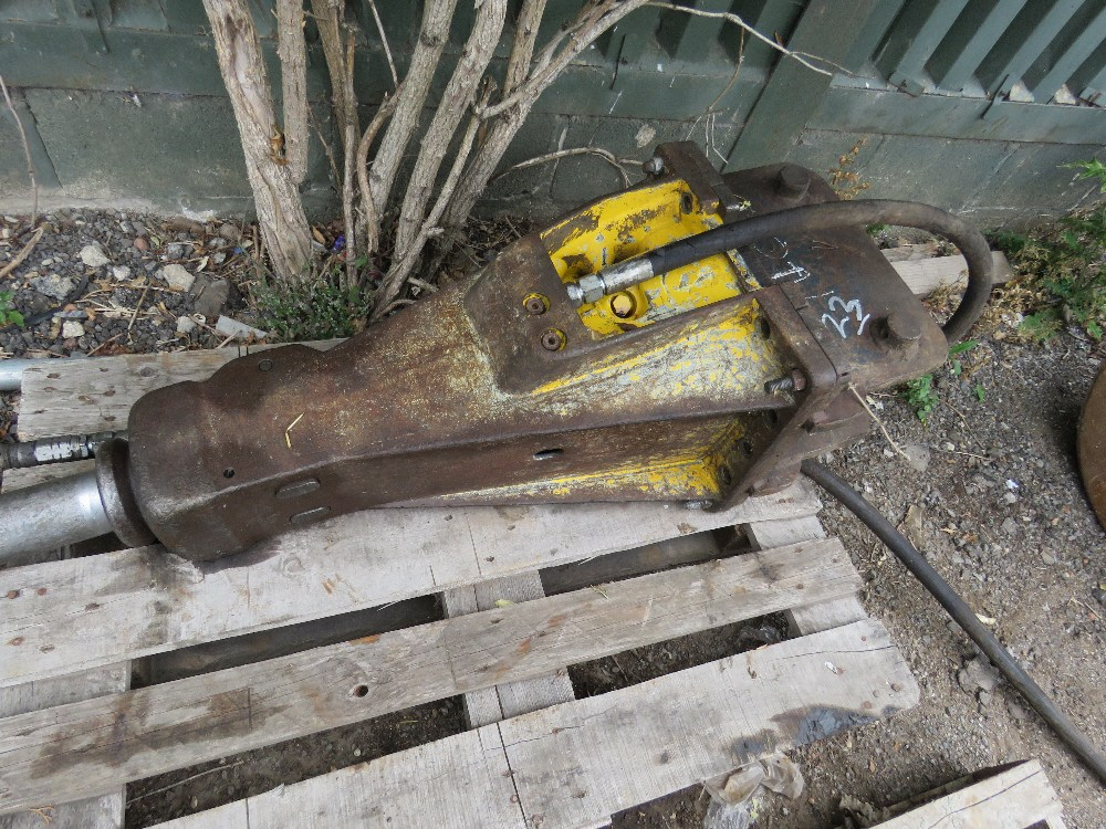 ATLAS COPCO BREAKER TO SUIT AN 8 TONNE EXCAVATOR, ON 50MM PINS
