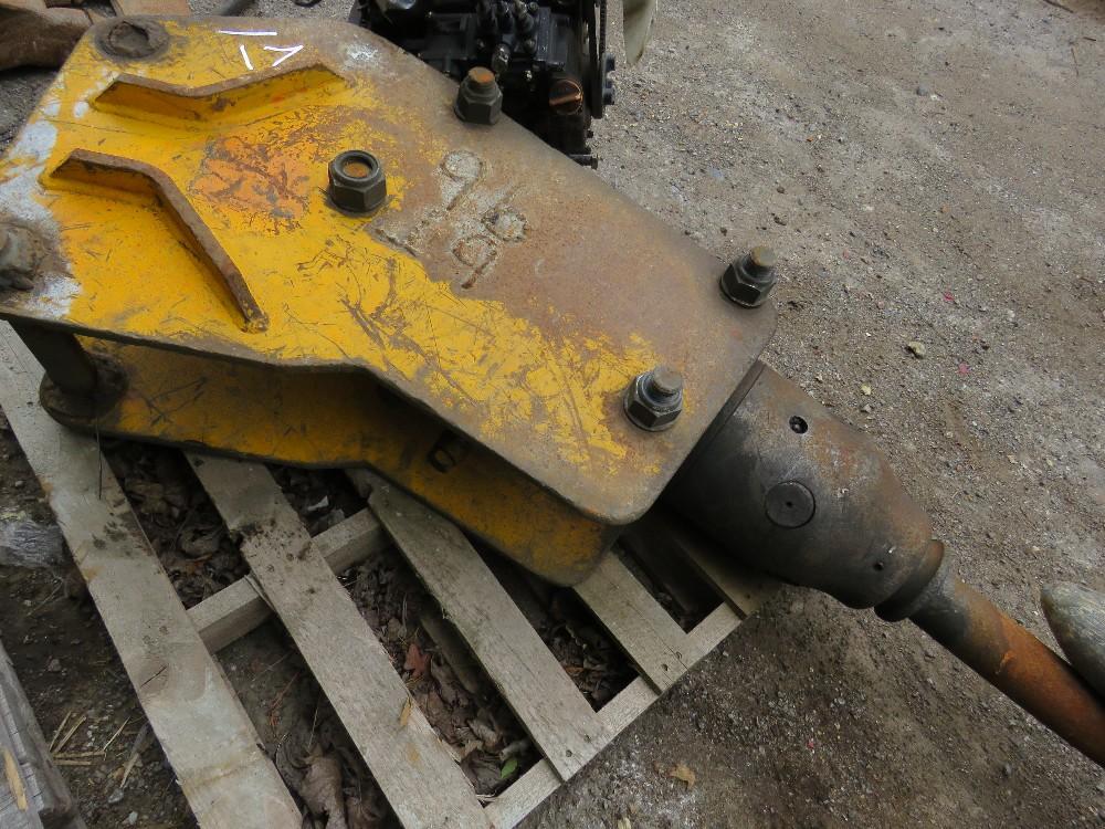8tonne Excavator breaker - Image 3 of 3
