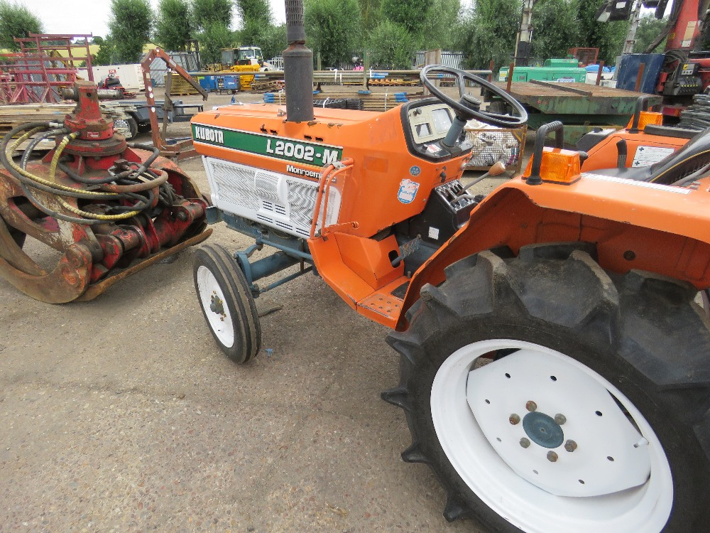 KUBOTA 20HP 2WD COMPACT TRACTOR C/W REAR LINKAGE. WHEN TESTED WAS SEEN TO DRIVE, STEER AND BRAKE - Image 5 of 5