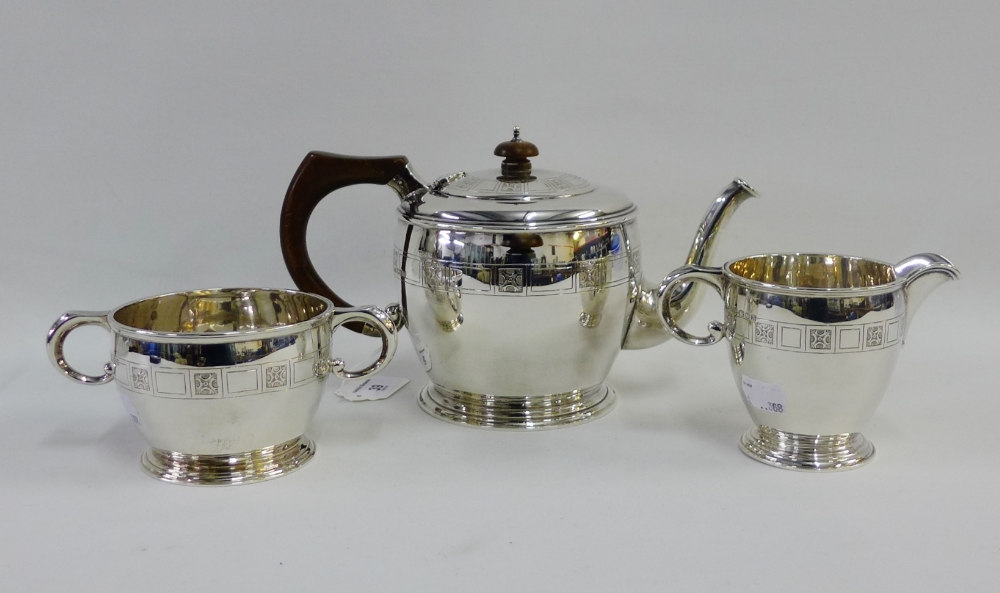 Lot 39 - George V silver three piece teaset by Edwards & Sons, London 1927 (3)