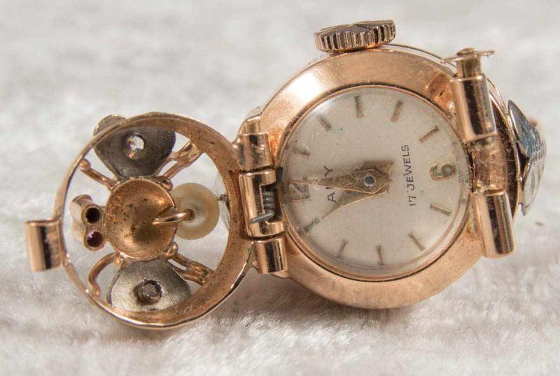 """Ringuhr, 750er Gelbgold, Ziffernblatt bez. """"ANY"""" - 17 Jewels, Handaufzug, Werk läuft an, nicht auf"""