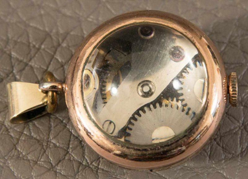 Kleine Kugeluhr als Kettenanhänger, vergoldetes Gehäuse, Handaufzug, Werk läuft an - nicht auf - Image 4 of 5